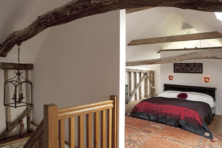 47 Rustic Farmhouse Porch Decor Ideas to Show   Homebnc