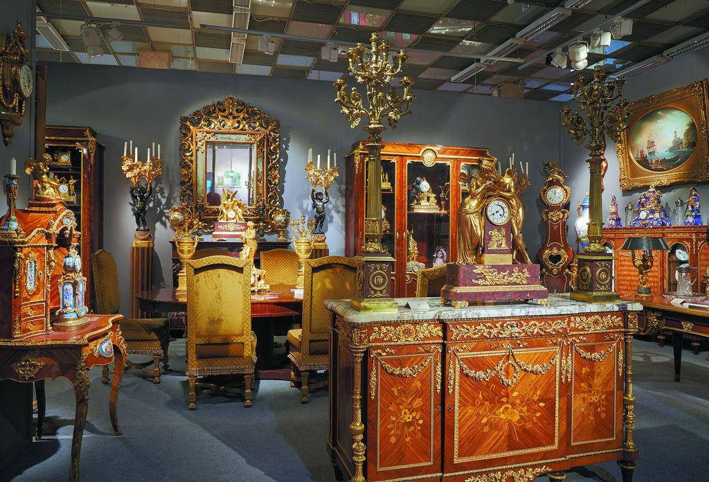 Петербургский антиквар